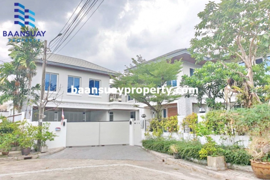 bs25160, For rent  Single house 2 Storey  on Ramkhamhaeng  near Triamudomsuksanomklao School